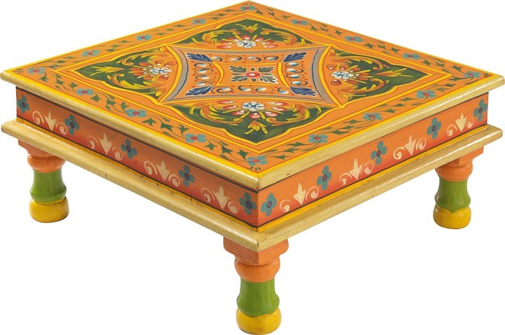 table basse indienne carrée decorée
