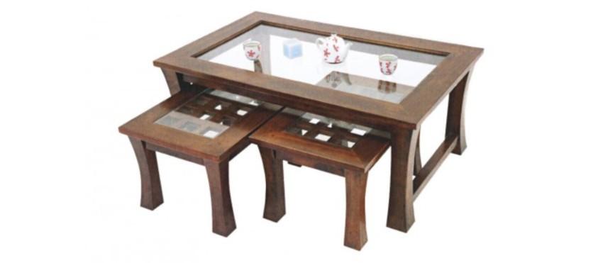 3 tables basses gigognes en bois d'hévéa au plateau en verre