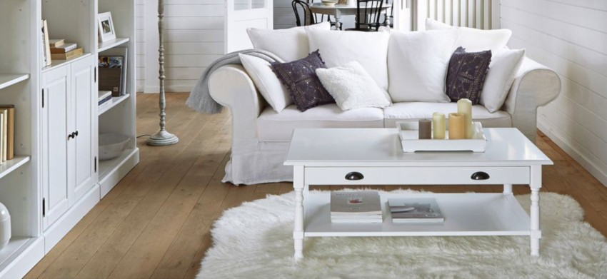 table basse blanche en pin massif