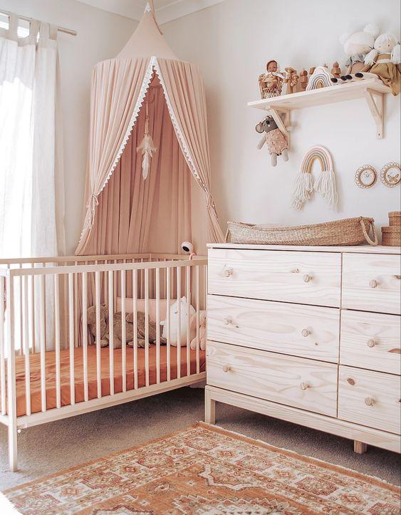 berceau bébé en bois